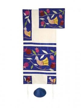 Set de Talit pochette et Kippa artistique decore de bandes en soie Colombes de la paix