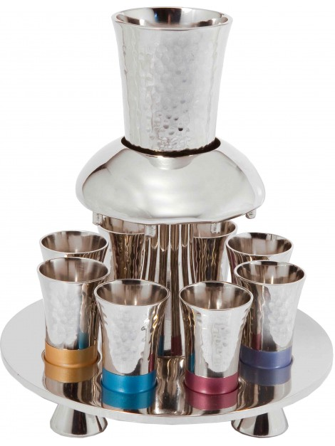 Fontaine a vin multicolore