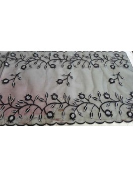 Table Runner Pomegranate Black Silver
